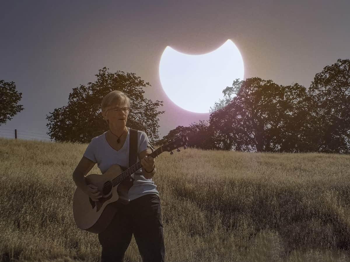 Joelyn Sunset Playing