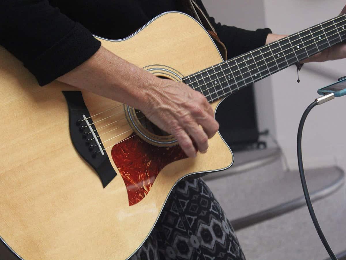 Joelyn Guitar Playing